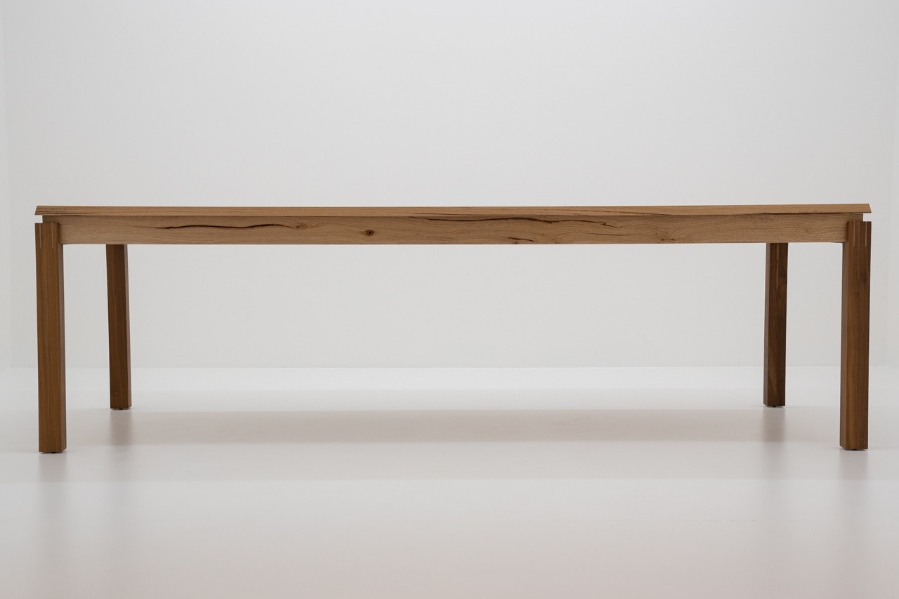 Alexander Conci messmate dining table