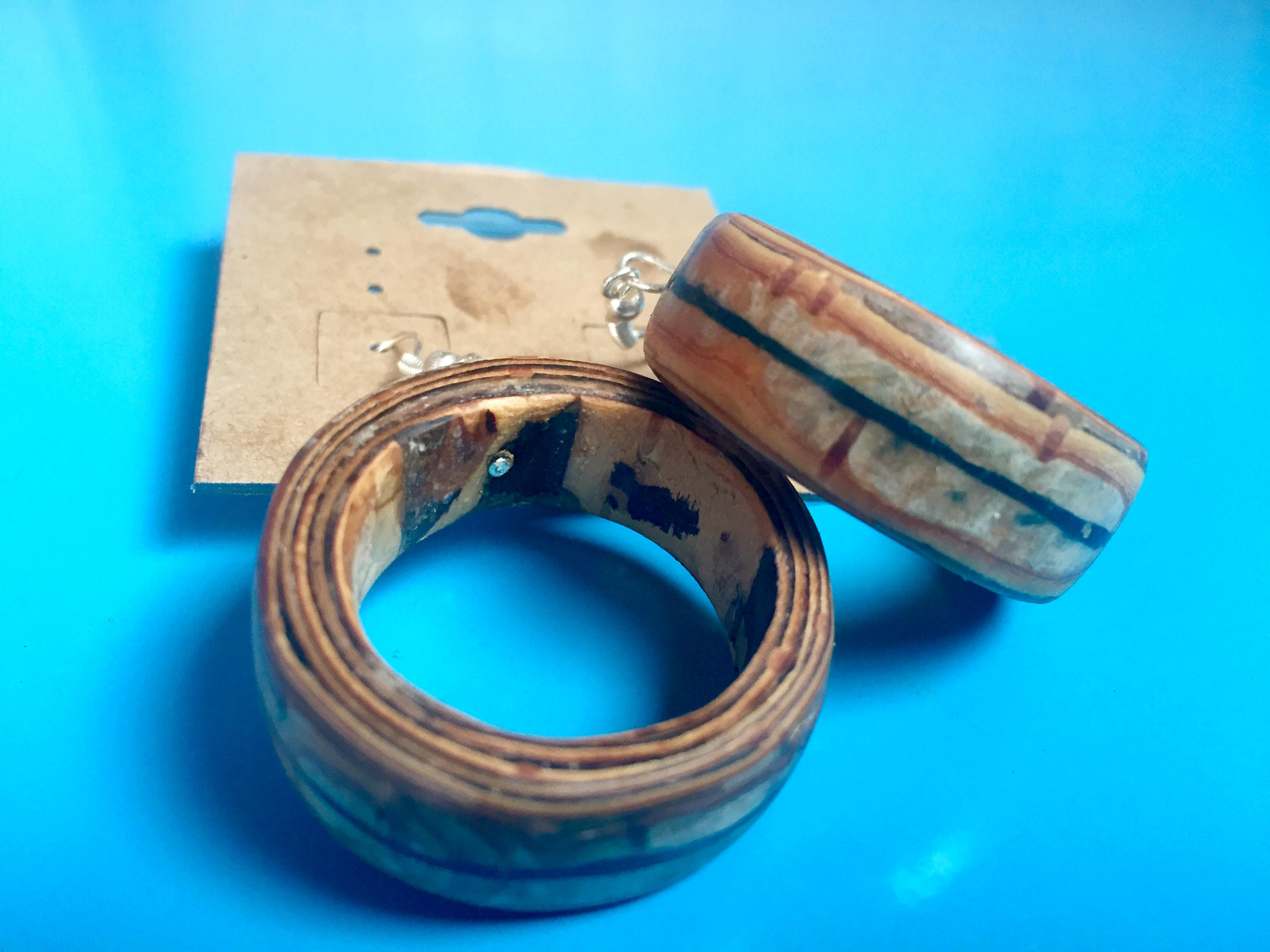 malachite lined hoops