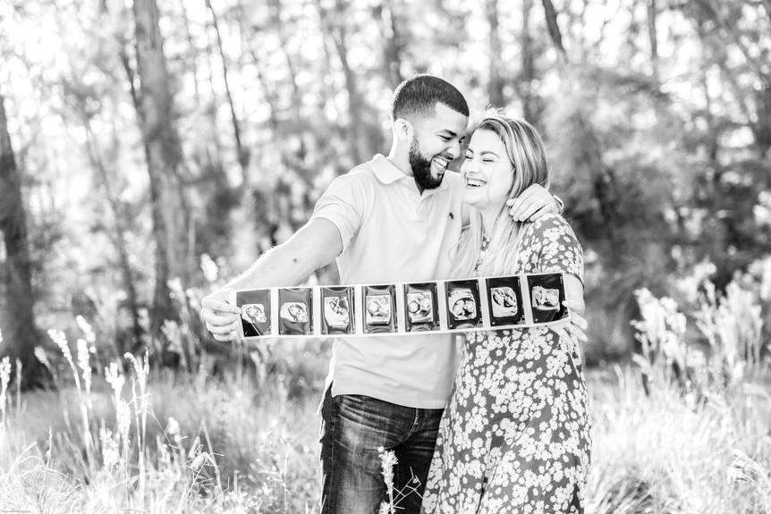 Pregnancy Announcement Photos | Field Lo