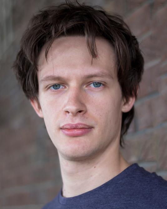 Actor Henry Phillips