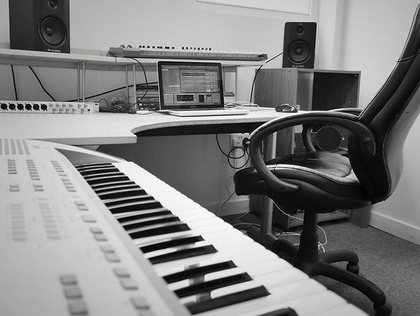 Studio 01.jpg