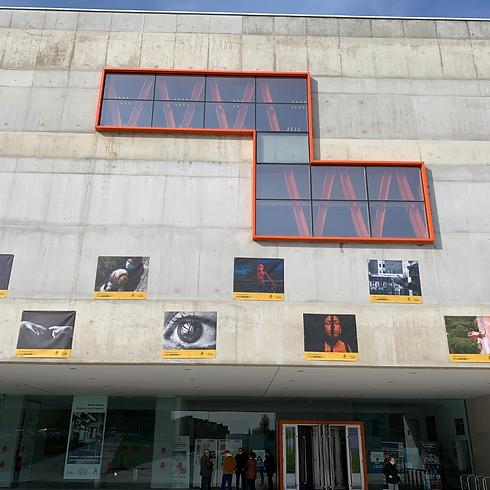 fachada del centro cultural Antonio López