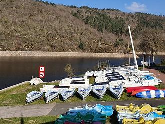 Le parc à bateaux à St Victor sur Loire