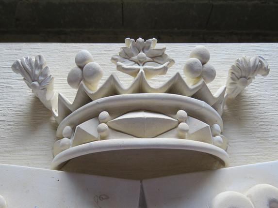 Quelques détails de la couronne