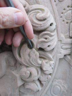 patrick kalita sculpteur sur pierre héraldique création de blason et armoiries rénovation de blasons