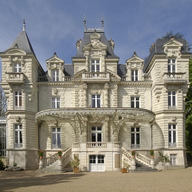Un Château du 19 eme siècle en Anjou