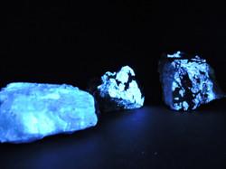 High Grade Ore of Tungsten Under UV