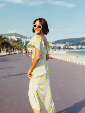 sunglasses-dress-riviera.png