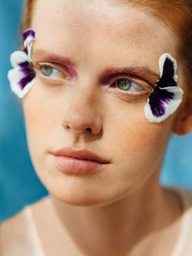 beauty-closeup-flowers.png