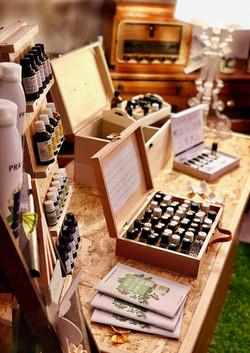 Some atelier huiles essentielles Pranarom 1