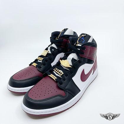 Nike Air Jordan 1 Mid 'Beetroot' (W)
