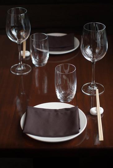 Iyasare_Table-Set_Sharp.jpg