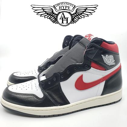 "Nike Air Jordan 1 ""Gym Red"""