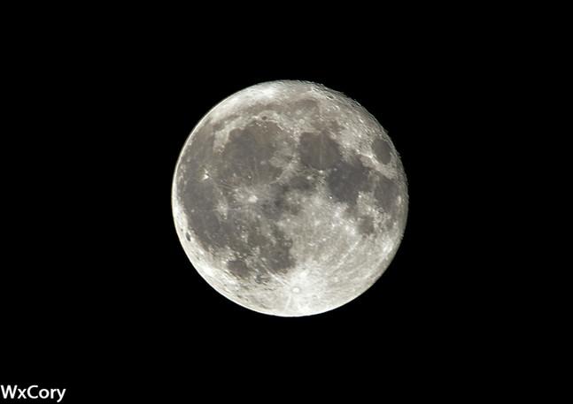 Moon Stack-2.jpg