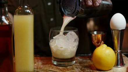 Press Play - How to Make a Cocktail
