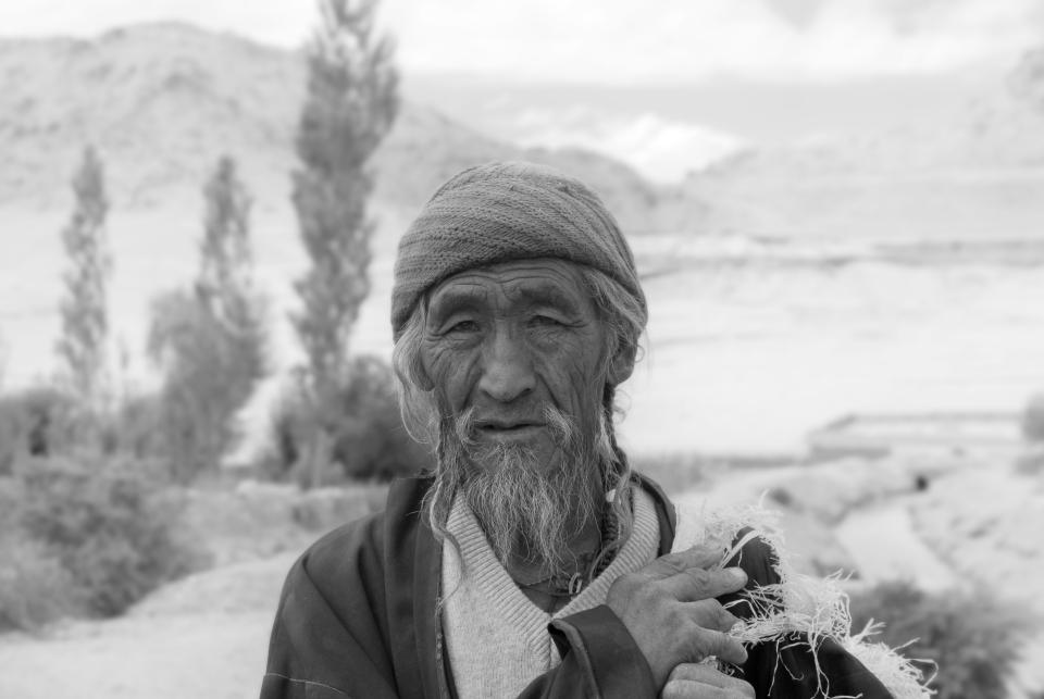 Ang, 75 anni