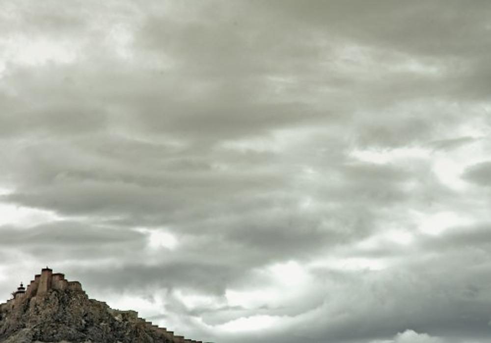 dzong2