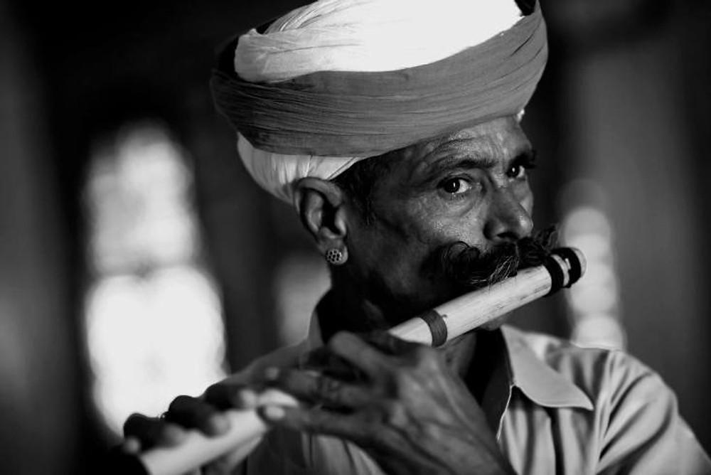 Suonatore di flauto - © Walter Meregalli