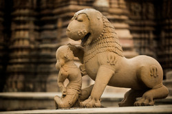 Il leone e la donna