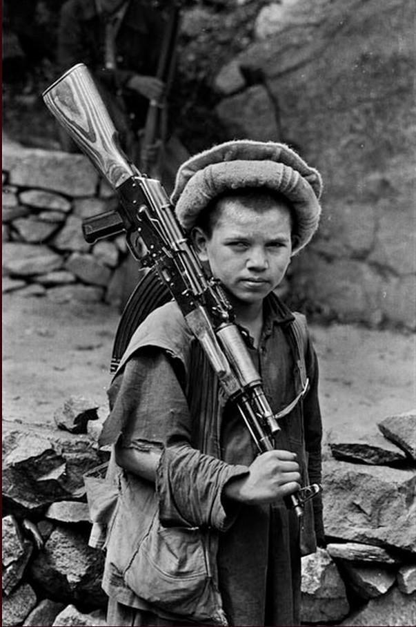 Young Afghan Mujahidin