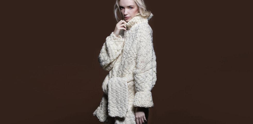 ladies-super-chunky-oversize-sweater.jpg
