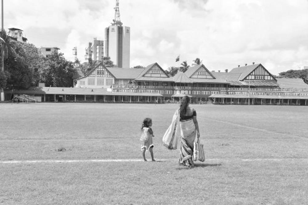 madre e figlia su cricket lawn