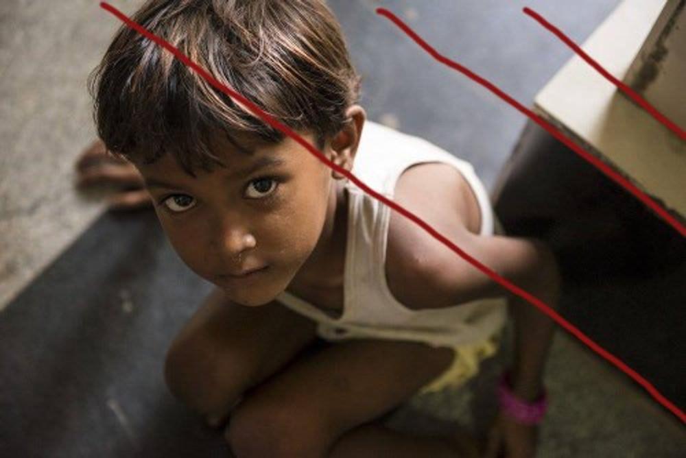 child-in-old-delhi-linee1