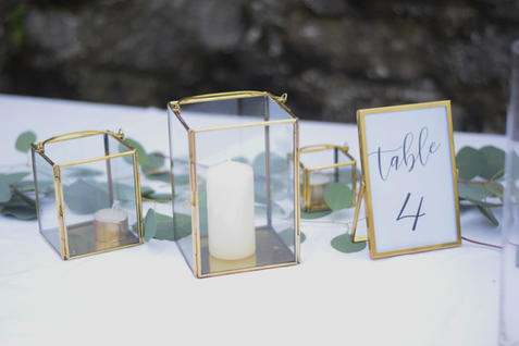 Gold Lanterns and Frames