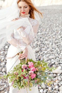 bloved-wedding-blog-bridal-corette-faux-photography-11