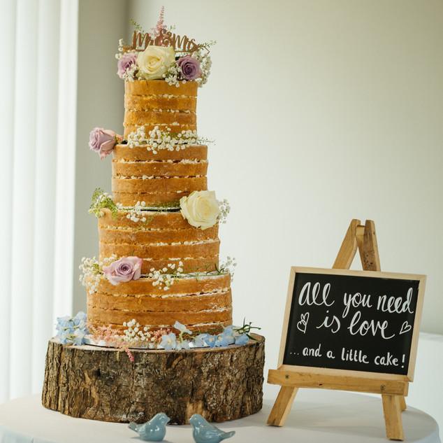 Lauren & Yannic Wedding Day-0418.jpg