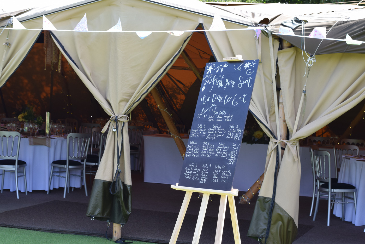 Custom Signs and Table Plans