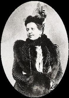 הברונית אדלינה.jpg