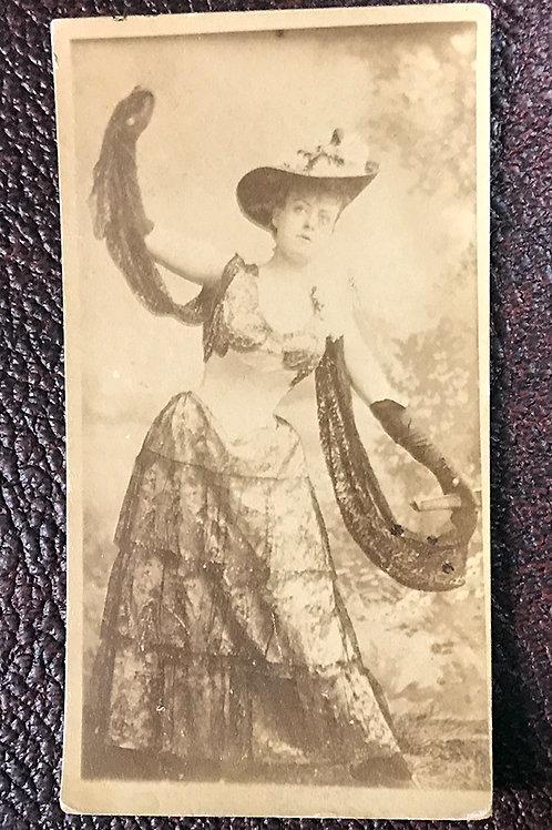 Flirty Victorian Lady CDV
