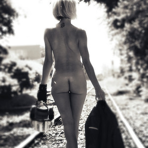 Elise op de spoorlijn