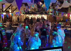 Sommer Fest Vier Linden
