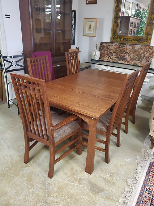 Stickley Like Oak Dining Room Table  With 2 Leaves and 6 Chairs