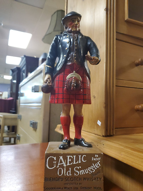 Gaelic Old Smuggler Blended Scotch Whiskey Figurine