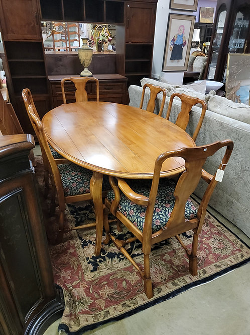 Dining Table 2 Leaves 6 Chairs