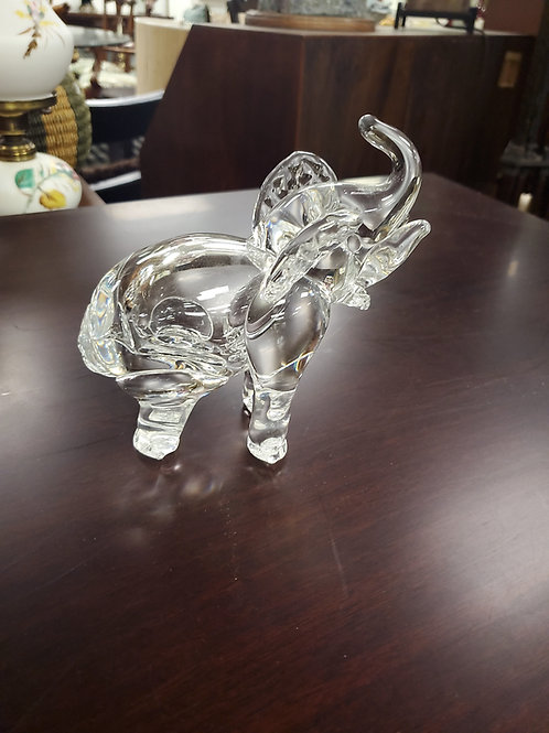 Glass Elaphant