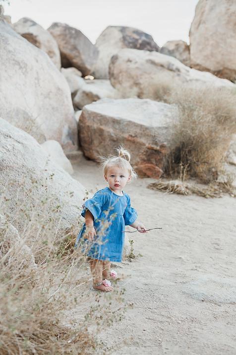 Rachel Ash Photo   Thiessen Family-6.jpg