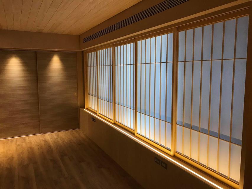 ◆空間坪數: 65 坪 ◆業主資料:一家四口(夫妻、2女兒) ◆空間性質:新成屋,4R2LDK ◆使用建材:日檜木皮、日本進口榻榻米、日本進口障子、台檜