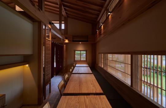 ◆空間坪數: 600 平方公尺 ◆業主資料:鵝房宮餐飲有限公司 ◆空間性質:餐廳 ◆使用建材: