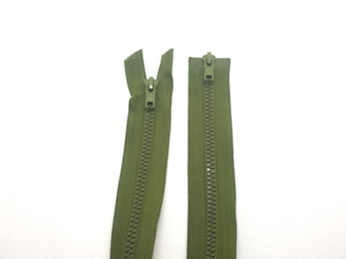 Green Chunky Plastic Two Way Zip