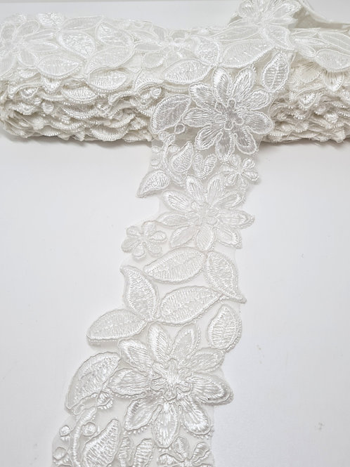 Embroidered Flower Applique Lace Trim White