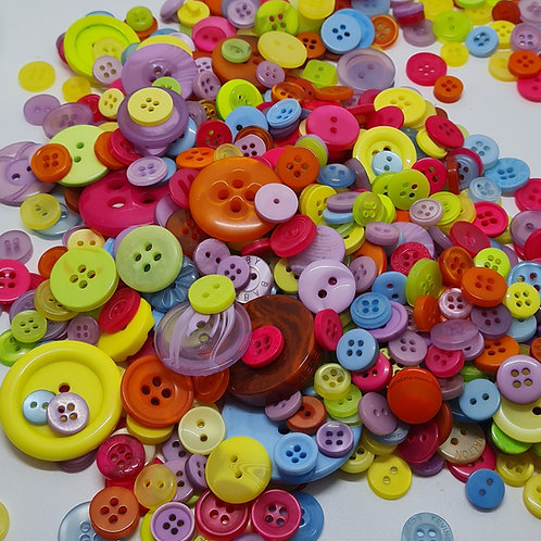 Mixed Bag of Buttons MBBUT001