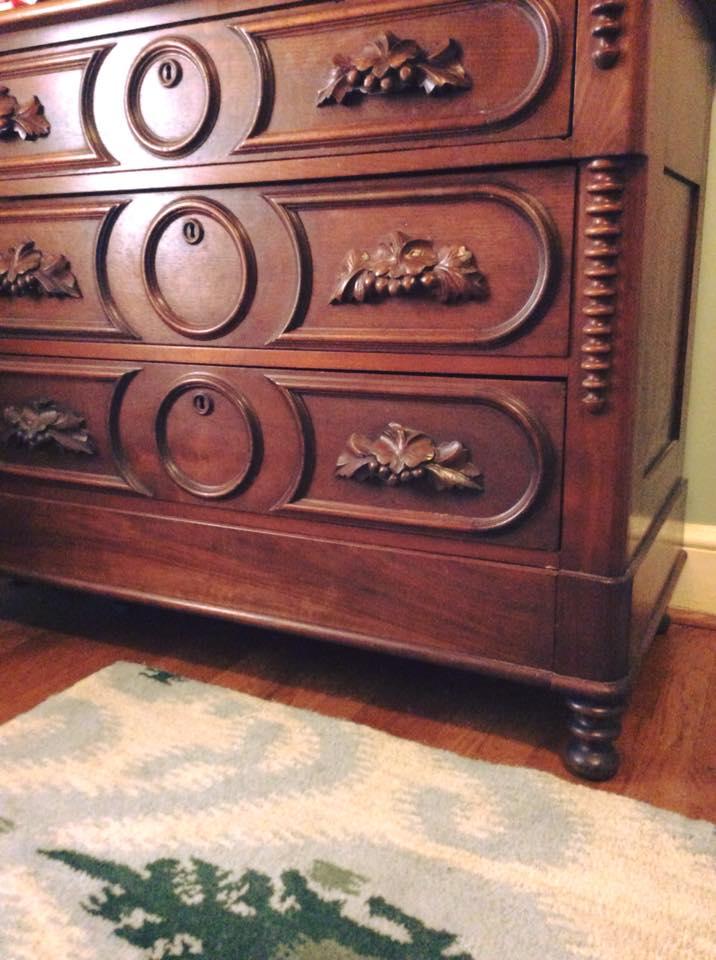 The secret drawer in Genealogy