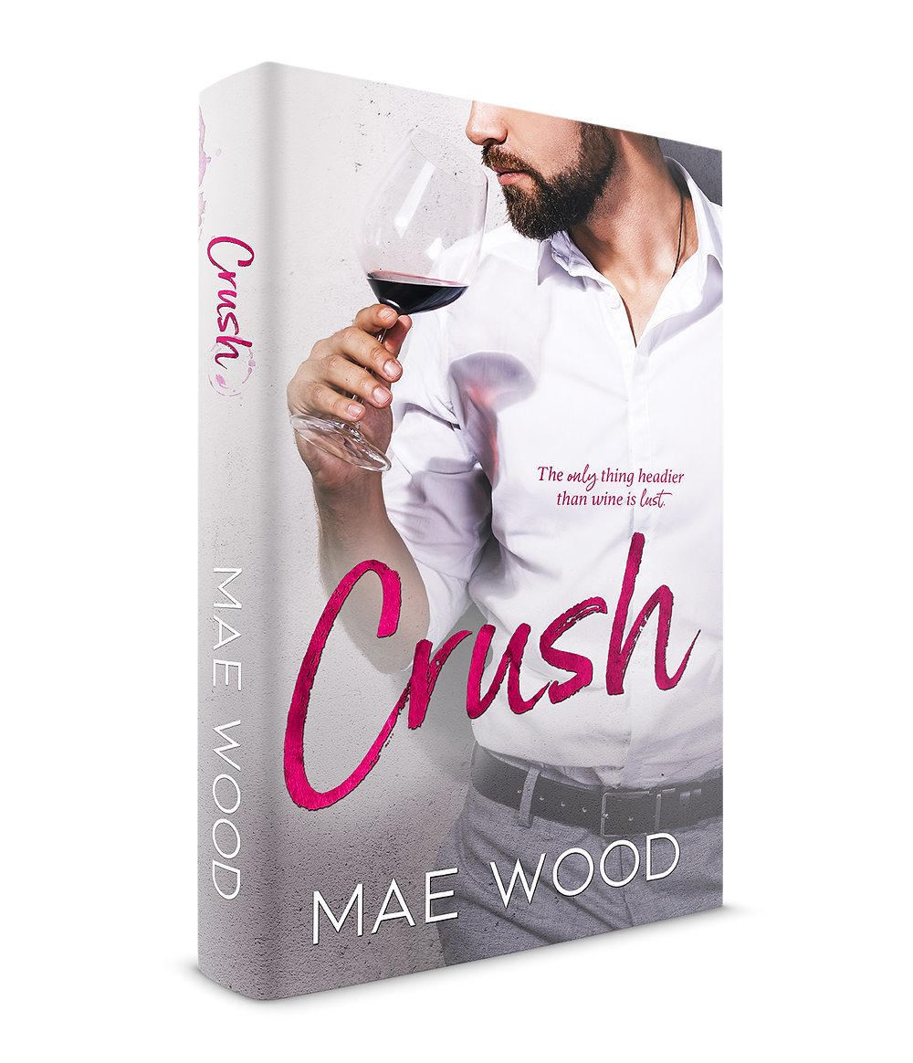 3D rendering of paperback Crush by Mae Wood