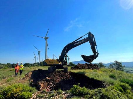 """Desmantelamiento de aerogeneradores en parque eólico """"Cerro Rajola"""""""