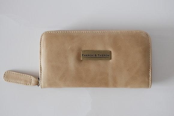 The Hazelnut Ladies Zip Wallet