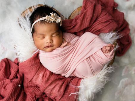 Amy | Newborn Session